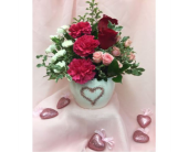 True Love in Dripping Springs TX, Flowers & Gifts by Dan Tay's, Inc.