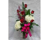 Love Struck in Raleigh NC, Gingerbread House Florist - Raleigh NC