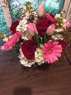 Classic Valentine Mix in Kentfield CA, Paradise Flowers