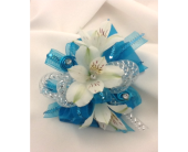 Teal Blues Wristlet in Columbia TN, Douglas White Florist