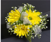 Daisies with Babies Breath Corsage in Burnsville, Minnesota, Dakota Floral Inc.