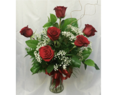 Half Dozen Red Roses in Grand Rapids MN, Shaw Florists
