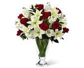 The FTD� Grand Occasion Bouquet by Vera Wang in San Antonio TX, Dusty's & Amie's Flowers