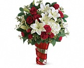 Teleflora's Work Of Heart Bouquet in Austin TX, Ali Bleu Flowers