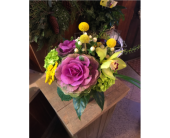 All Eyes on You in Guilford CT, Guilford White House Florist