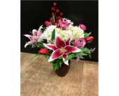 All Her Favorites in Fargo ND, Dalbol Flowers & Gifts, Inc.