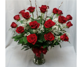 18 Red Roses Vased in Grand Rapids MN, Shaw Florists