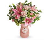 Elegance In Flight Bouquet in Smyrna GA, Floral Creations Florist