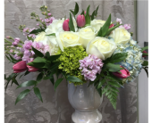 KF-9 in Staten Island, New York, Kitty's and Family Florist Inc.