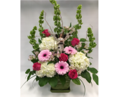 Custom in Belleville ON, Live, Love and Laugh Flowers, Antiques and Gifts
