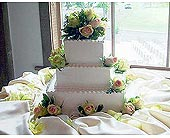 Cake with Kiwi Roses in Lansdale PA, Genuardi Florist
