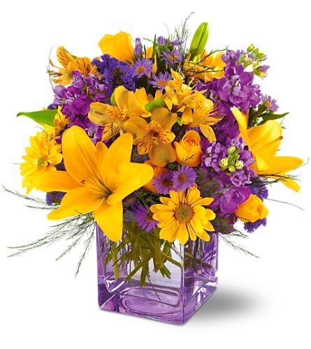 Teleflora's Morning Sunrise Bouquet in Oklahoma City OK, Array of Flowers & Gifts