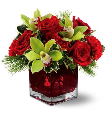 Teleflora's Rose Chic in Kelowna BC, Burnetts Florist & Gifts