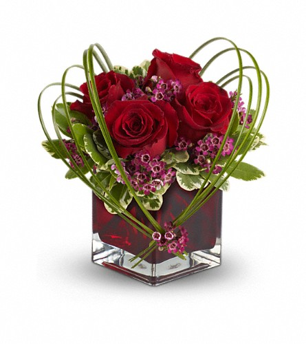 Teleflora's Sweet Thoughts Bouquet with Red Roses in Lemoore CA, Ramblin' Rose Florist