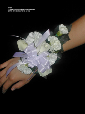 Wrist Corsage in Kent OH, Richards Flower Shop