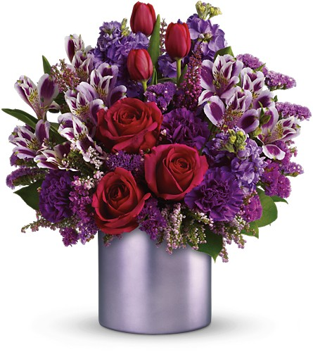 Teleflora's Unforgettable in Oklahoma City OK, Array of Flowers & Gifts
