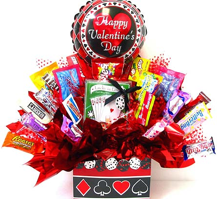 VCB95 ''Lucky in Love'' Candy Bouquet in Oklahoma City OK, Array of Flowers & Gifts