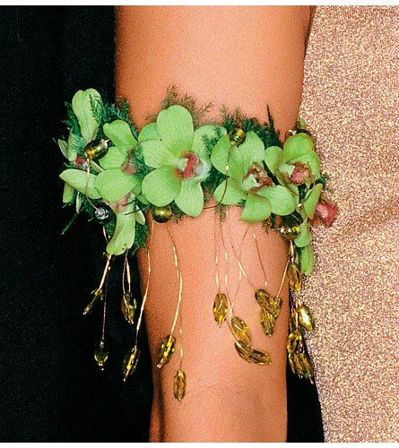 Exotic Orchids Armband in Weymouth MA, Bra Wey Florist