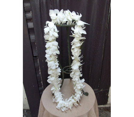 Single White Dendrobium Orchid Lei in West Los Angeles CA, Westwood Flower Garden