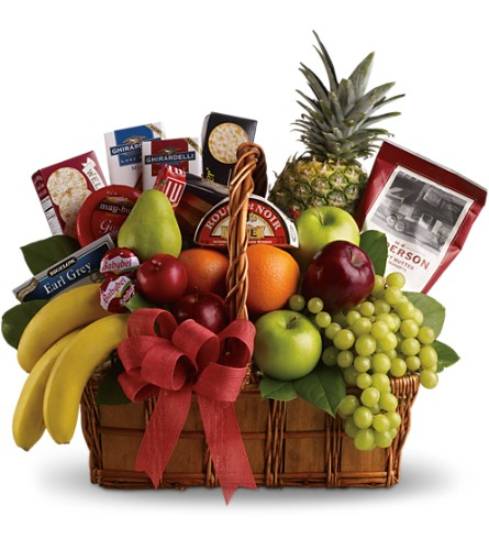 Bon Vivant Gourmet Basket in Big Rapids MI, Patterson's Flowers, Inc.