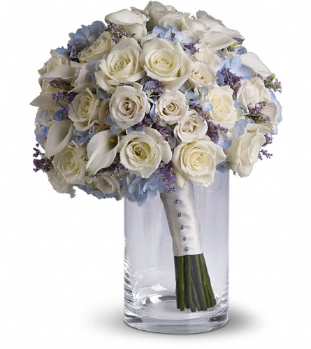 Lady Grace Bouquet in Kentfield CA, Paradise Flowers