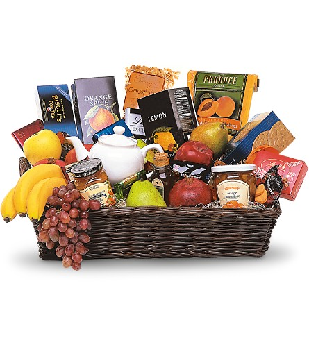 Grande Gourmet Fruit Basket in New York NY, Fellan Florists Floral Galleria