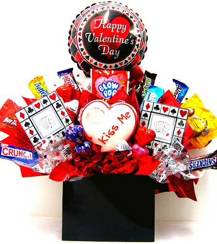 CB285 ''Valentines Poker'' Candy & Gift Bouquet in Oklahoma City OK, Array of Flowers & Gifts