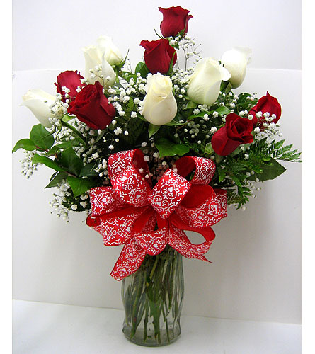 FF142 ''Red & White Delight'' Rose Arrangement in Oklahoma City OK, Array of Flowers & Gifts