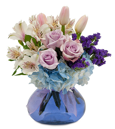 Soft Romance in College Station TX, Postoak Florist