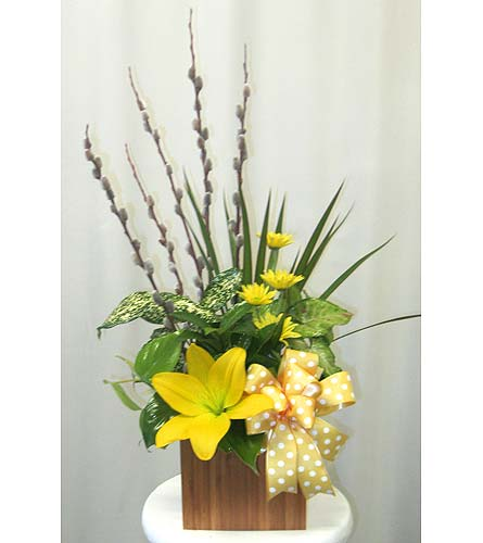 Bamboo Planter with Fresh in Wyoming MI, Wyoming Stuyvesant Floral