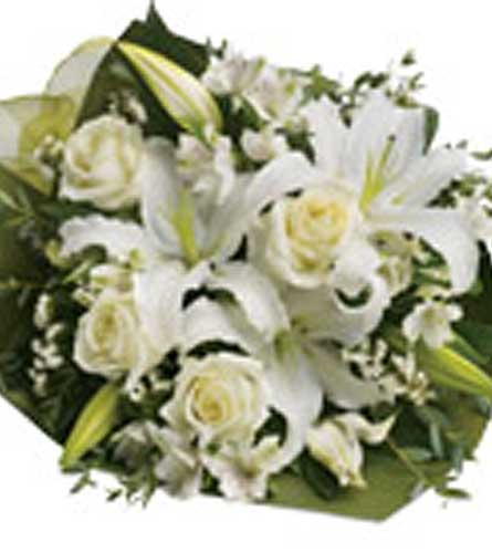Simply White in Summerside PE, Kelly's Flower Shoppe