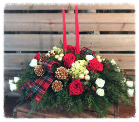 The Shoppe's Tradional Christmas Centerpiece  in Reading MA, The Flower Shoppe of Eric's