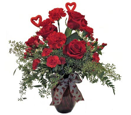 Romance in Red in Amherst NY, The Trillium's Courtyard Florist