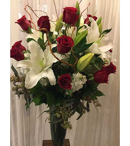 Valentine's Special in Houston TX, River Oaks Flower House, Inc.