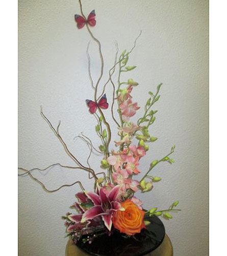 Spring is the air in Arcata CA, Country Living Florist & Fine Gifts