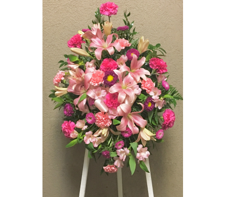 Shades of Pink Easel Arrangement in Wyoming MI, Wyoming Stuyvesant Floral