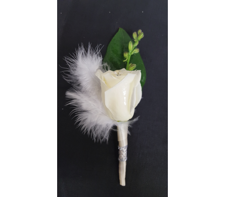 Feathery White Boutonniere in Newburgh NY, Foti Flowers at Yuess Gardens