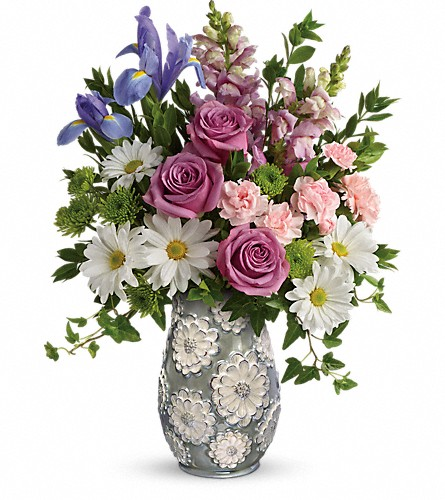 Teleflora's Spring Cheer Bouquet in Jupiter FL, Anna Flowers