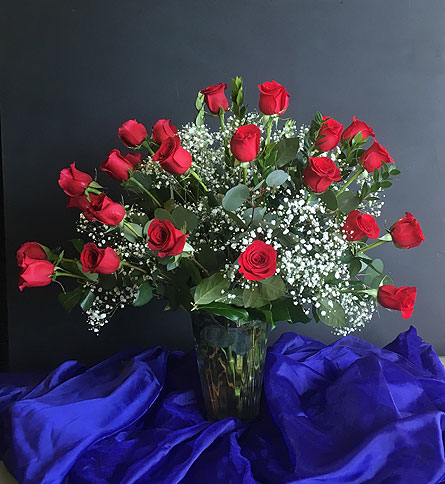 Two Dozen Red Roses in Tempe AZ, Bobbie's Flowers