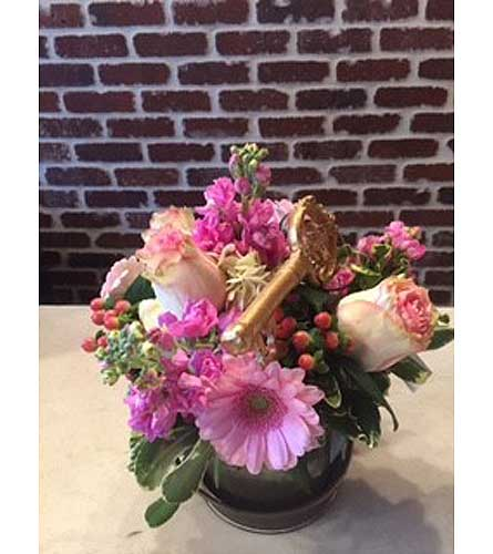 Key to Her Heart in Moorestown NJ, Moorestown Flower Shoppe