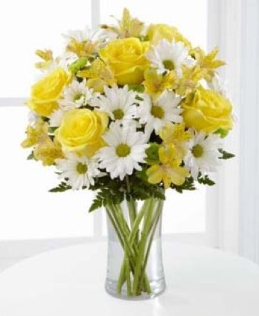 The Sunny Sentiments™ Bouquet  in Sapulpa OK, Neal & Jean's Flowers, Inc.