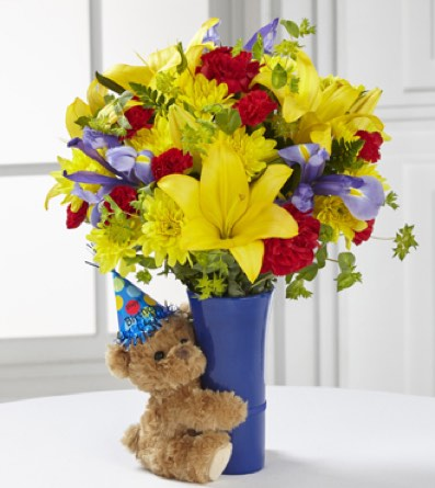 The Big Hug® Birthday Bouquet in Sapulpa OK, Neal & Jean's Flowers & Gifts, Inc.