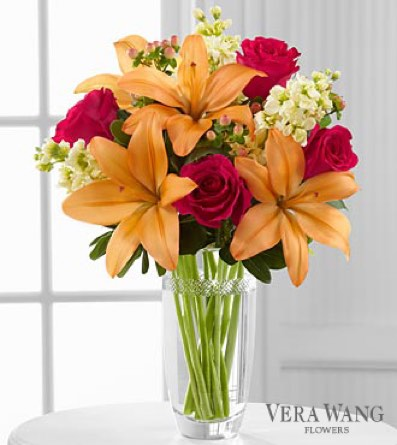 The Luxe Looks™ Bouquet by Vera Wang in Sapulpa OK, Neal & Jean's Flowers & Gifts, Inc.