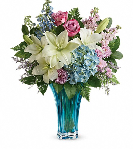 Teleflora's Heart's Pirouette Bouquet in Orlando FL, Harry's Famous Flowers