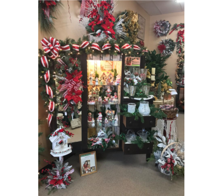 Maggies Memories in Evansville IN, Cottage Florist & Gifts