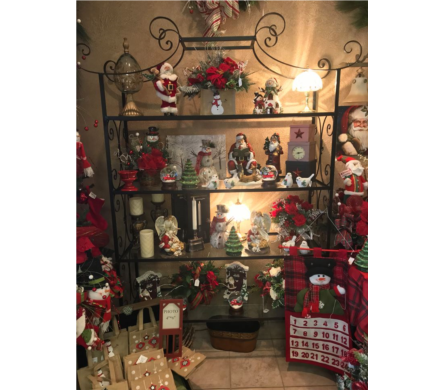 Santa and Snowmen in Evansville IN, Cottage Florist & Gifts
