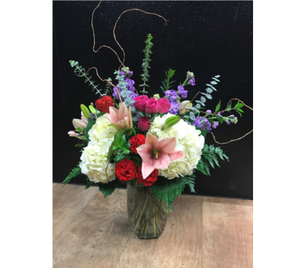 Heartbreaker in Fargo ND, Dalbol Flowers & Gifts, Inc.