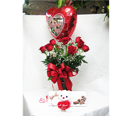 Valentines Roses Bundle in Lake Charles LA, A Daisy A Day Flowers & Gifts, Inc.