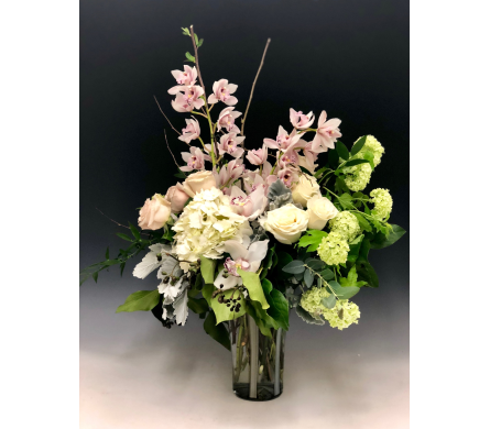 Mother's Blush in Kirkland WA, Fena Flowers, Inc.