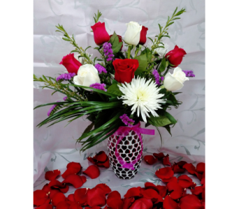 Be My Valentine in Littleton CO, Littleton's Woodlawn Floral